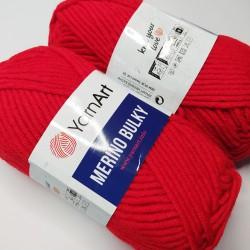 YarnArt MERINO BULKY kol 156 czerwony